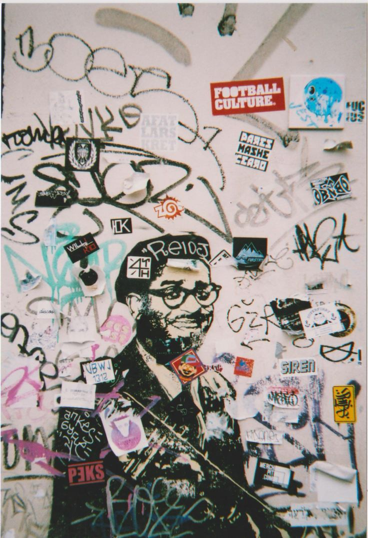 A wall in Amsterdam central #film #filmphotography #amsterdam #streetart #35mm