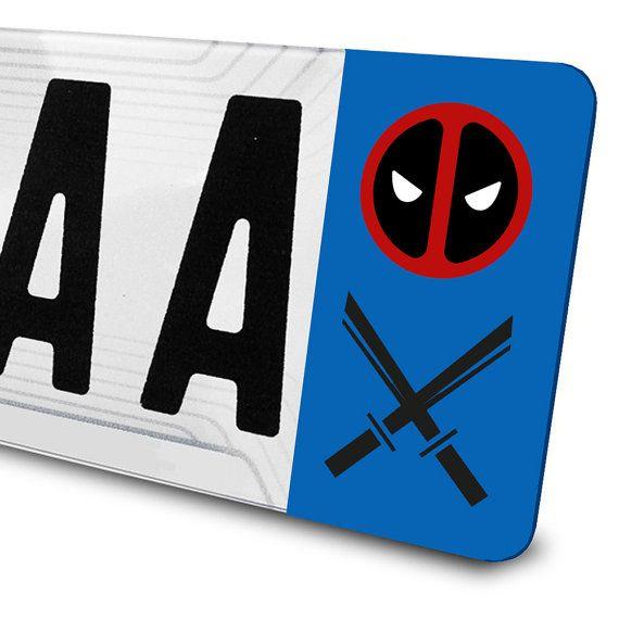 Sticker Deadpool pour plaques d'immatriculation