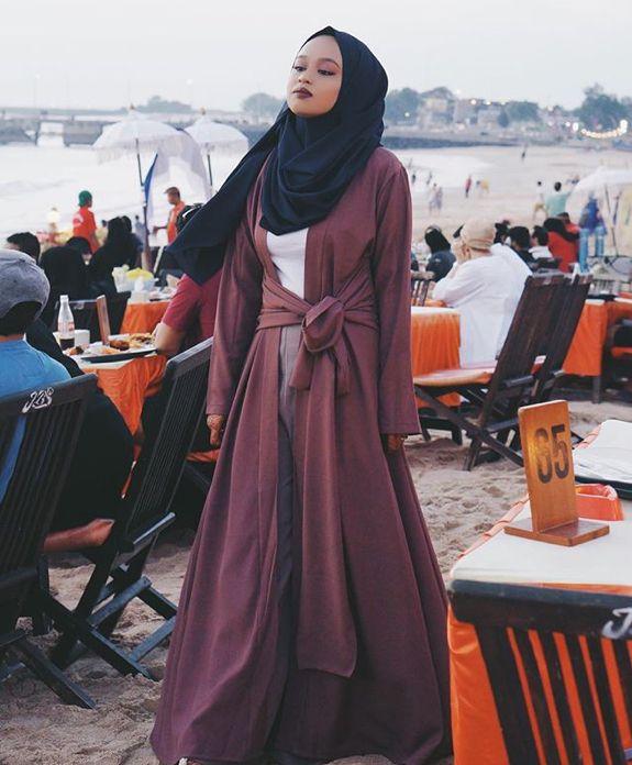 Pinterest: eighthhorcruxx. Such a pretty abaya