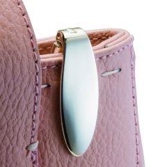 breloc metalic pentru chei din colectia Philippi. Nu rastorni geanta pentru a le gasi www.atip.ro