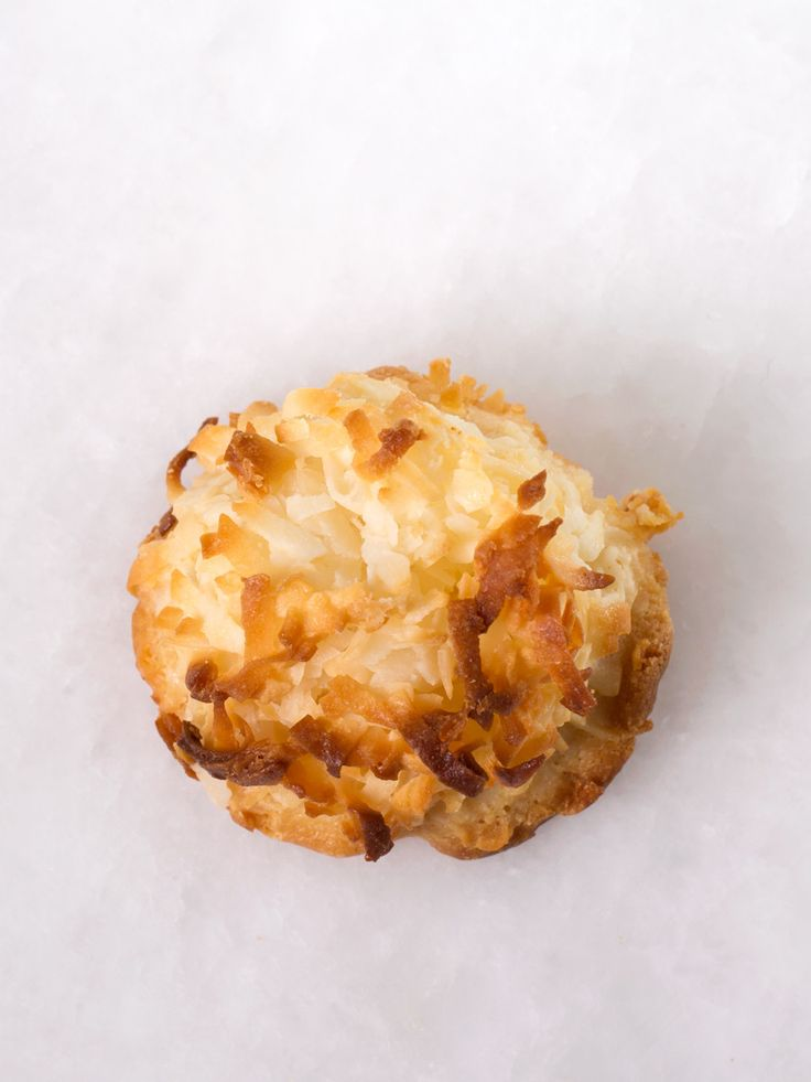 "Toasted coconut macaroons are made with Grandma's hometown vanilla. Wheat free. Baker's dozen. Great gift! *May contain traces of nuts. ""This is what a cookie should taste like!"""
