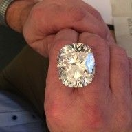 Other - Cushion cut natural diamond of > 100 ct