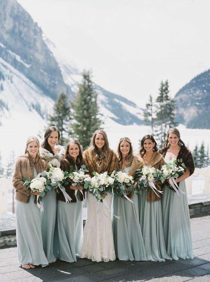 Cozy + chic bridesmaids | Photography: Simply Sarah Photography