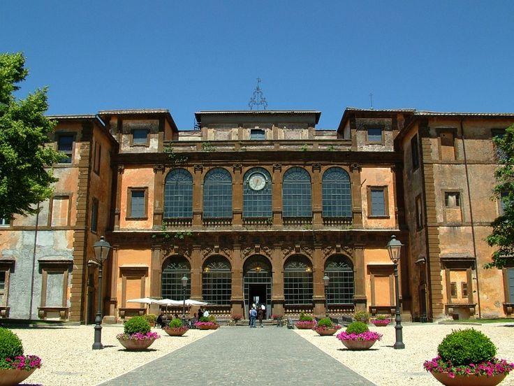 Villa Mondragone, Monte Porzio Catone