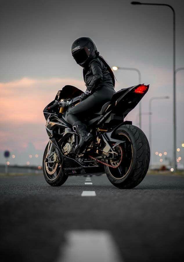 Фото байкеров на мотоцикле спортбайк