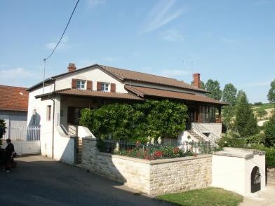 Maison d'hôtes située en #Bourgogne du sud dans le triangle d'or Tournus, Cluny et la Roche de Solutré