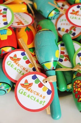 Fiesta themed Birthday Party, Fiesta Themed Birthday Ideas, First Birthday Fiesta Party, Pinata Themed Birthday, Pinata Birthday Cake, Pinata Themed Backdrop, Mexican Themed Birthday, Dos es Uno, Fiesta Party Supplies, Fiesta  Party Favors, Fiesta Maraca Party Favor Ideas, Muchas Gracias