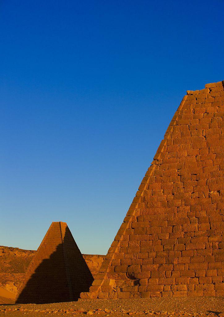 The Pyramids At Jebel Barkal, Used By Napatan Kings, Karima, Sudan | por Eric Lafforgue