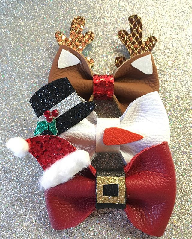Just want to say hello and welcome to all of our new followers and a HUGE thank you to @hapasmamas for sending them our way! We are feeling so loved over here with all of your lovely comments and you all bought up our Holiday bow packs so we added a few more:) #feelingthelove #holidaybows #christmastime #chrisymasbows #reindeer #frostythesnowman #santaclause