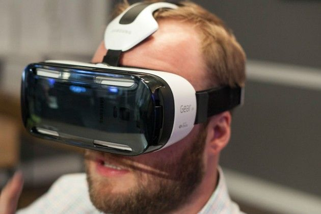Am testat Gear VR și vă spunem cum am găsit casca de realitate virtuală a Samsung.