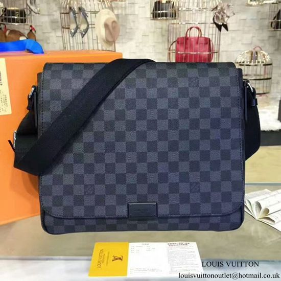 7da68f5c8bf9 Louis Vuitton N41272 District MM Messenger Bag Damier Graphite Canvas