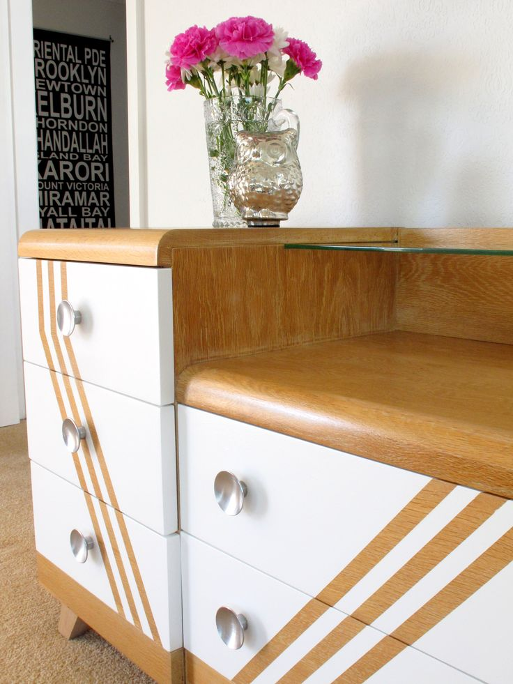 Simple styling makes these already fabulous draws stand out even more