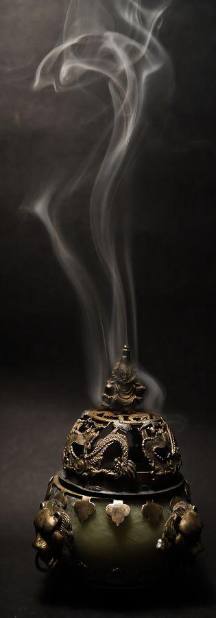 """Smoke""  CameraDMC-G10 Focal Length14mm Shutter Speed1/500 secs Aperturef/3.5 ISO/Film200"