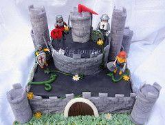Playmobil Castle cake (spitikestourtes) Tags: birthday castle boys cake knights playmobil fondant playmobilcastle