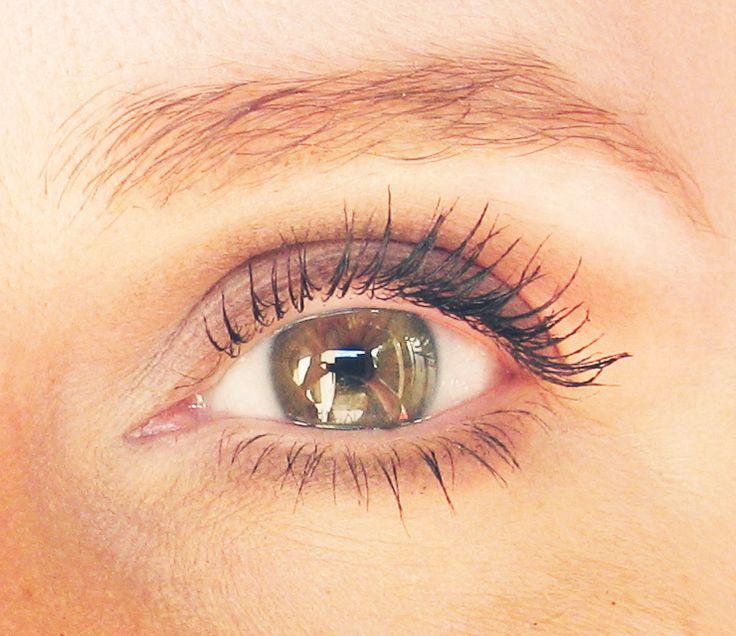 Tágabbra nyílt szemek natúr színekkel