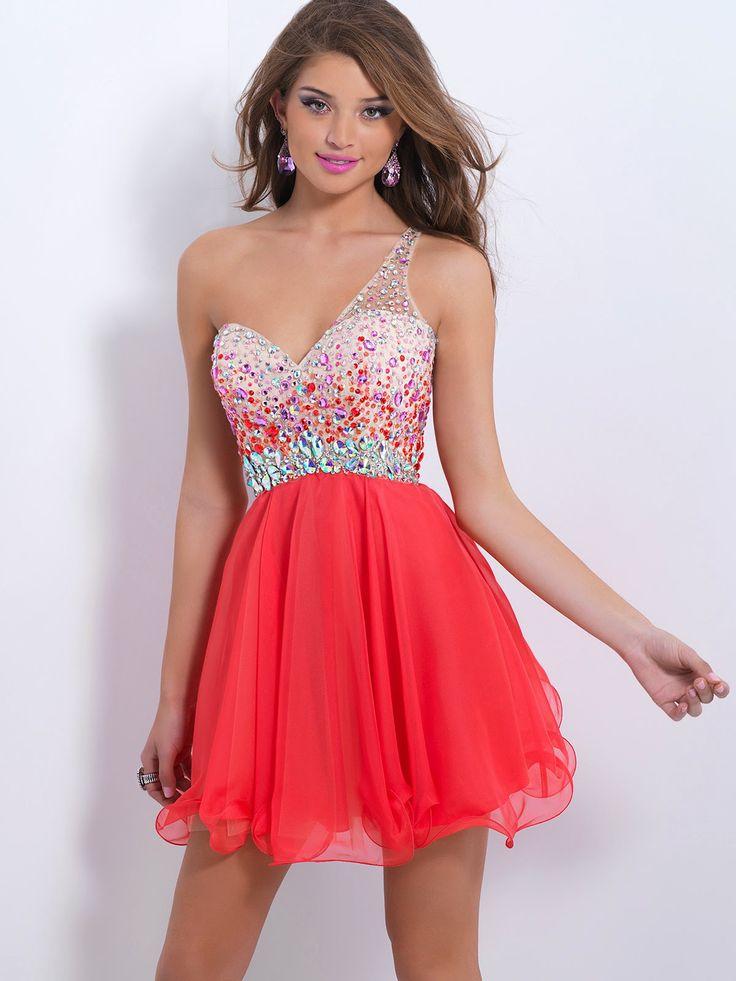 Llamativos vestidos de fiesta para niñas | Moda y Tendencias