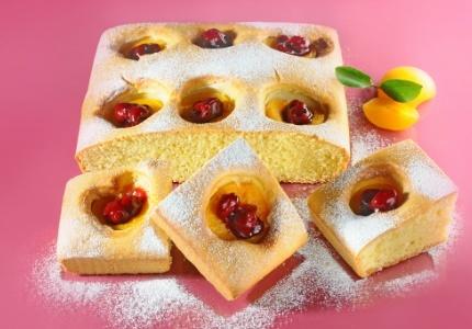 Ciasto brzoskwiniowe. Kliknij w zdjęcie, aby poznać przepis. #ciasta #ciasto #desery #wypieki #cakes #cake #pastries