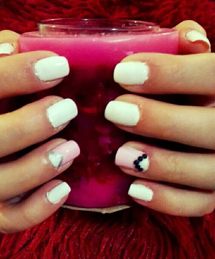 Pretty nails for pretty girls ;-)
