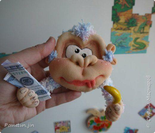 Мастер-класс Поделка изделие Новый год Шитьё МК crazy monkey Капрон Пряжа фото 3