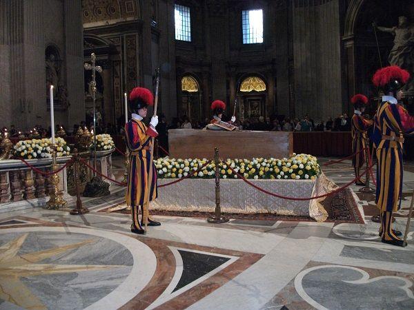 Jan Paweł II, Franciszek