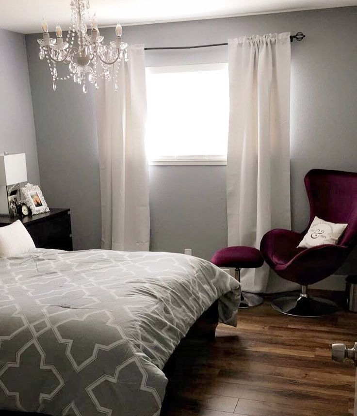 Gray and plum bedroom..!