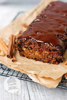 Dietetyczne ciasto dyniowe z orzechami.
