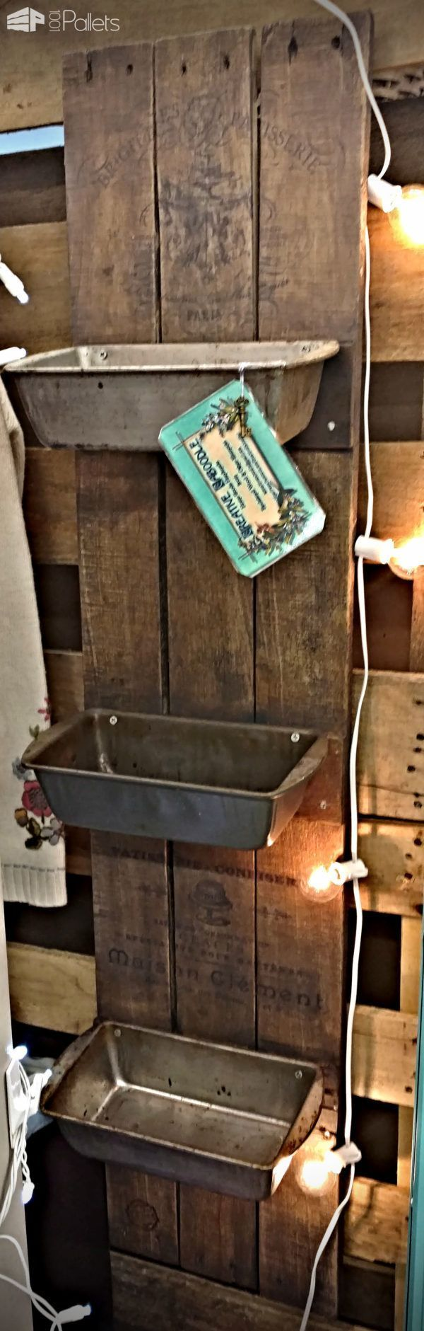 #Kitchen, #PalletHomeDecor, #PalletShelf I wanted to create something a little different, so I made these Farmhouse-Style French Bakery Motif Pallet Wall Bins. They were easy but time-consuming with the aging processes involved.  French Bakery Motif Pallet Wall Bins: Take four boards