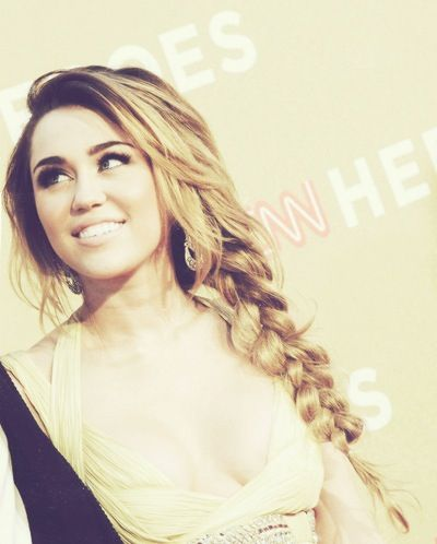 """""""WHEN Miley was pretty and cool."""" Wait... What?! Miley still is beautiful! And she's amazing!! So what she cut her hair and she's not what society written?!! She's perfect they way she is! And yes Hannah Montana in this case somebody is perfect!"""