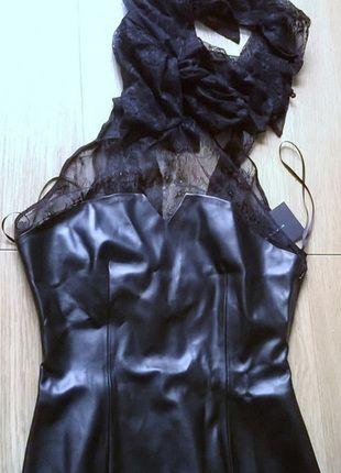 Kup mój przedmiot na #vintedpl http://www.vinted.pl/damska-odziez/koszulki-na-ramiaczkach-koszulki-bez-rekawow/8894779-zara-basic-top-z-koronka-eco-skora-r38m