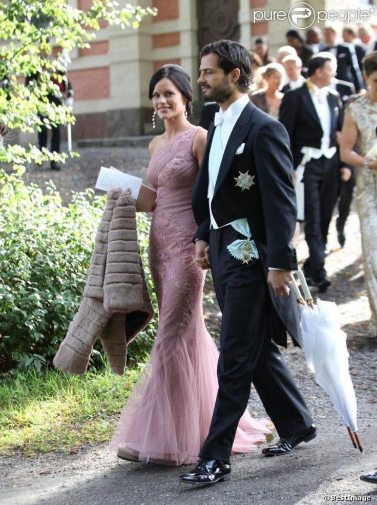 prince Carl Philip de Suède duc de Värmland , Sofia Hellqvist