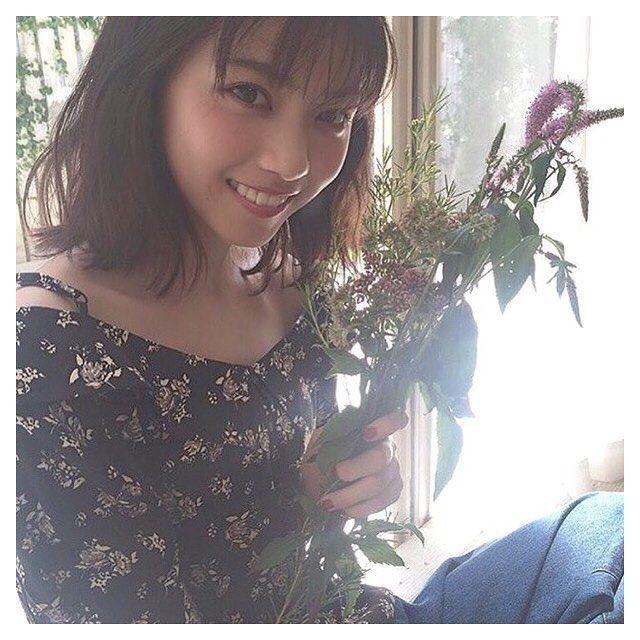 いいね!4件、コメント1件 ― ユ イ ナさん(@nogi.keyaki46)のInstagramアカウント: 「. . ⑅˚⋆ ◌ ୨୧♡*04/23*♡୨୧ ◌ ⋆ ˚⑅ ft. #西野七瀬 . 今日はめっちゃリピートで乃木坂と欅坂聞いてるw . ちなみに! 乃木坂46の好きな曲トップ3は〜 ①…」