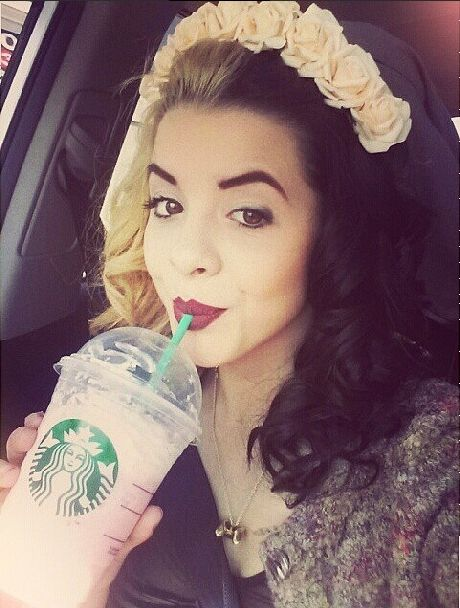 (FC Melanie Martinez ) Hey I'm Melanie! I love to dye and style my hair every which way. Starbucks gives me life. I sing. I was on the voice. My style is all over the place. Never been a basic chic. Single