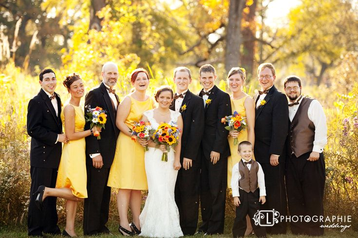 #sunflower wedding... Wedding ideas for brides, grooms, parents & planners ... https://itunes.apple.com/us/app/the-gold-wedding-planner/id498112599?ls=1=8 … plus how to organise an entire wedding, without overspending ♥ The Gold Wedding Planner iPhone App ♥ http://pinterest.com/groomsandbrides/boards/