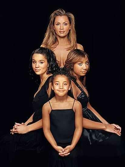 Vanessa Williams & her mini divas!