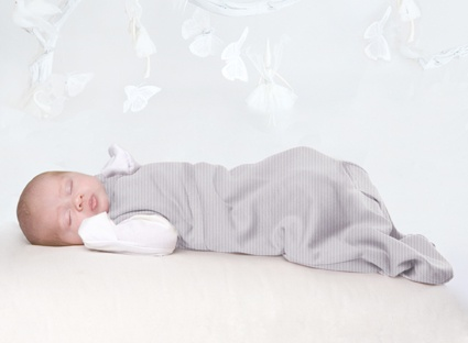 The Cocooi™ Sleep Bag is made from 100% superfine merino and has been designed specially for newborns in mind. It is an international award-winning newborn sleep bag that makes it easy to move baby simply and safely from bed to car-seat or into a stroller without being disturbed.