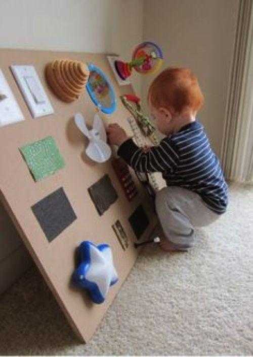 Tavola delle attività Montessori 1
