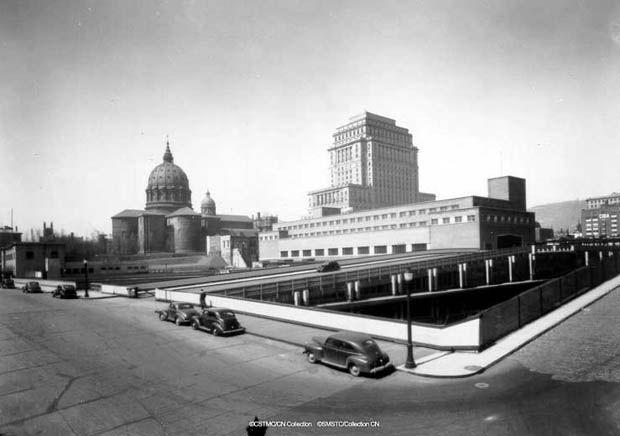 La Gare Centrale (1943).