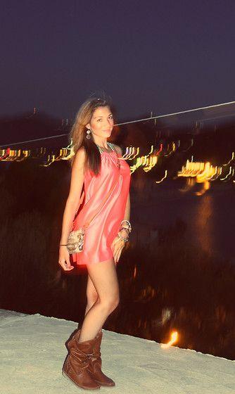 Handmade Dress, Accessorize Jewelry, Ynot? Bag, Stivali Indianini Boots