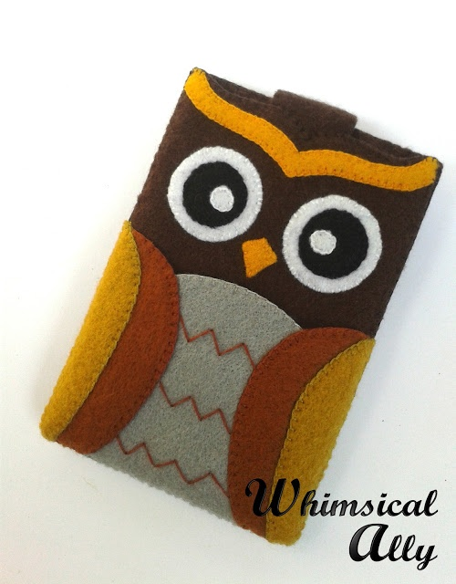 My first hand craft handphone pouch in Whimsical Ally.