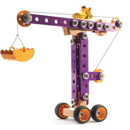 Djeco Construction Girafe Jo - Tumble & Roll Educational Toys. It will provide hours of construction play fun. The crane is easy to assemble with parts are made of sturdy plastic, solid beech wood and metal plate. Suitable for children 6 years+. $68.00 #educationaltoys #toys #kids