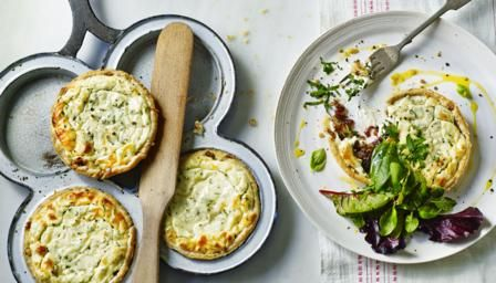 Tartellette di formaggio di capra These tarts make a beautiful vegetarian starter when served aside some simple salad leaves. They are also perfect for a picnic. Equipment and preparation: For this recipe you will need two four-hole Yorkshire pudding tins.