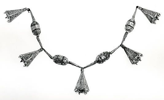 Necklace  Date: 15th century Geography: Spain Medium: Gold
