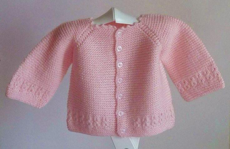 chaqueta bebé de lana rosa