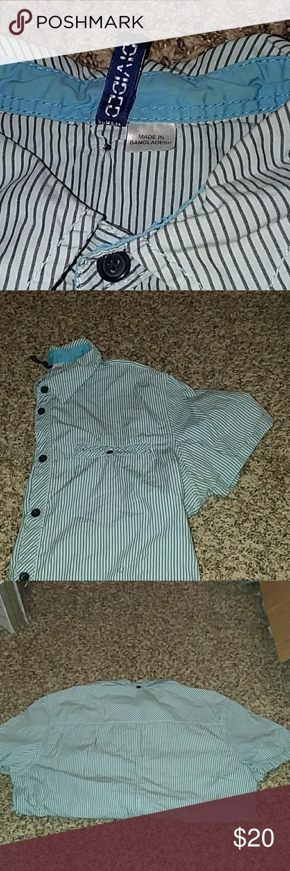 Sz S Divided by H&M casual button down shirt Small Divided by H&M light blue and charcoal gray striped shirt. Button down, single front pocket, casual collared shirt.   Gently used, 100% cotton.   Offers and questions are encouraged! Divided Shirts Casual Button Down Shirts