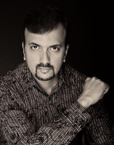 Dinesh Chandrasekhar as Tarun Kumar