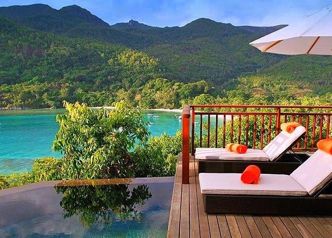 Für Ihre Hochzeit oder die Flitterwochen auf den Seychellen ist das Constance Ephelia Resort die erste Wahl. Preise ab 235 Euro Halbpension (£190.70 or $306.82) pro Übernachtung oder günstiger als Pauschalreise.    http://www.seychellenreisezeit.com/seychellen-reisezeit-heiraten-seychellen/