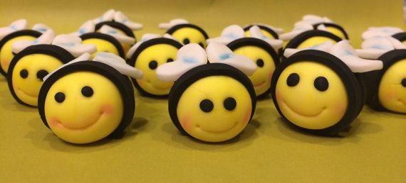 15 Edible Painted Fondant Bumble Bee Cake Cupcake