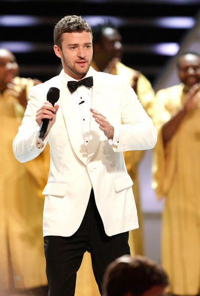 Justin Timberlake Photos Photos - Host Justin Timberlake performs onstage at the 2008 ESPY Awards show held at NOKIA Theatre L.A. LIVE on July 16, 2008 in Los Angeles, California.  The 2008 ESPYs will air on Sunday, July 20 at 9PM ET on ESPN. - 2008 ESPY Awards - Show