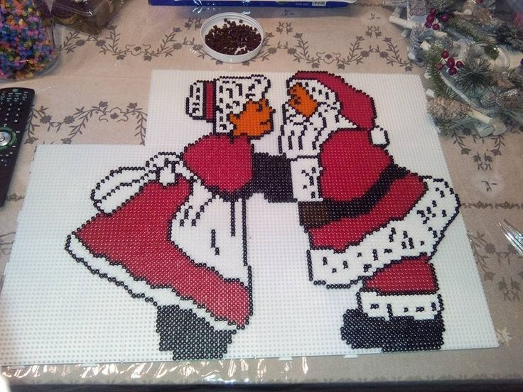 Santa and Mrs Claus - Christmas hama beads by elodie231090