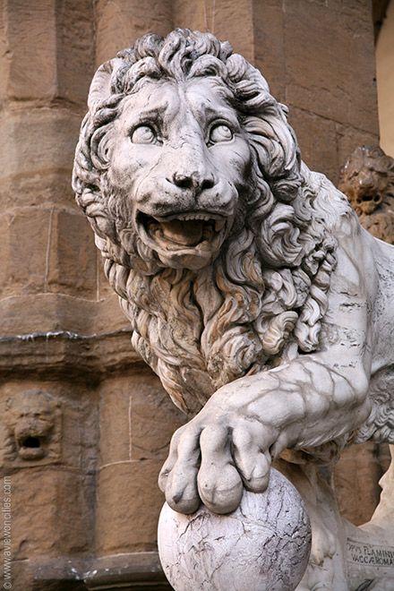 Lion Statue, Loggia dei Lanzi, Piazza della Signoria, Florence